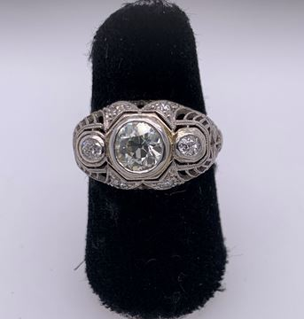 Picture of Lady's Diamond Platinum Ring