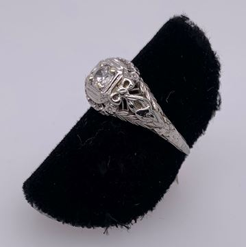 Picture of 18K White Gold Lady's Ring