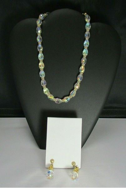 Picture of 1950 12K GF Faceted Chrystal Necklace & Clip-on Earrings Set