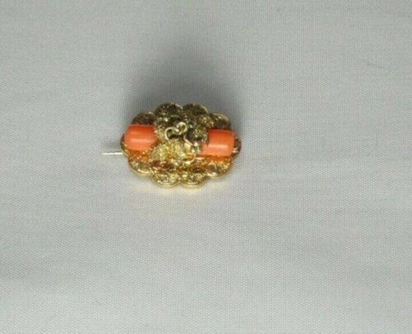 """Picture of 5/8"""" 18K Coral Brooch"""