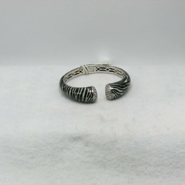 "Picture of 7 1/2"" Raquelle Bianco Sterling Silver Diamond Cuff Bracelet"