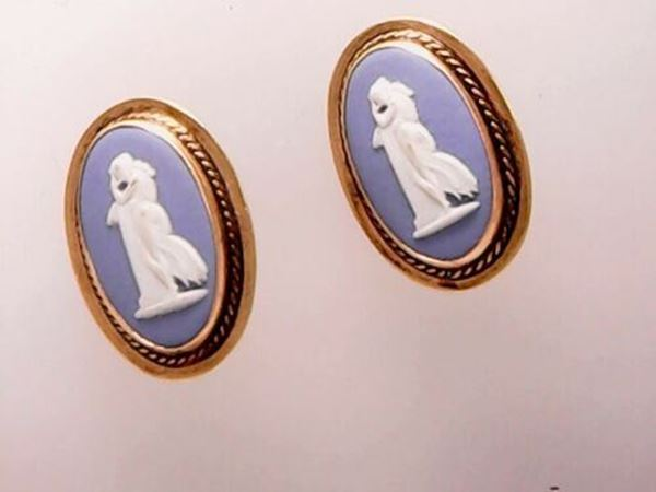 Picture of 14K Wedgewood Cameo Clip-on Earrings made in England