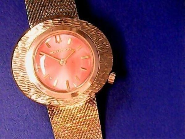 Picture of 1971 Bulova 10K Accutron Caliber Ladies Watch