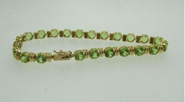 """Picture of 8 1/4"""" 14K Peridot Bracelet"""