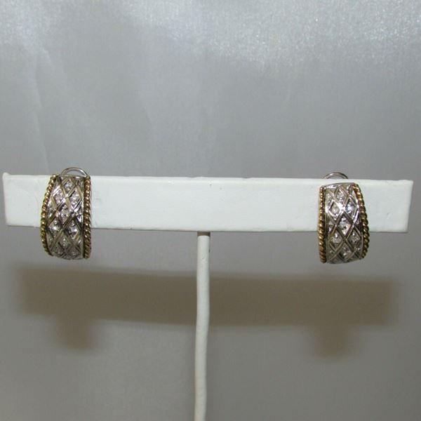 Picture of 18K Diamond Pierced Earrings