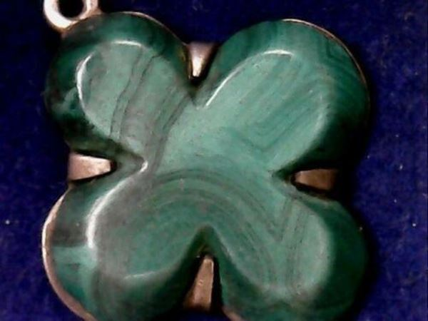 Picture of Sterling Silver Malachite 4-Leaf Clover Pendant