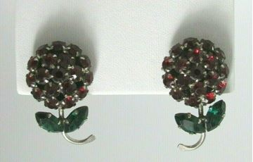 Picture of Red & Green Rhinestone Clip-on Earrings - Austria