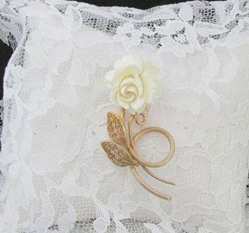 Picture of Gold Filled Carved Rose Brooch