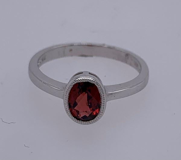 Picture of 14K Garnet Ring
