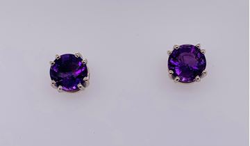 Picture of 14K Amethyst Stud Earrings