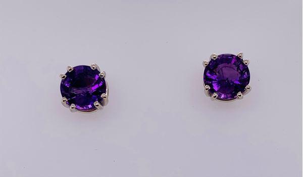 Picture of 14K Amethyst Stud Earrings