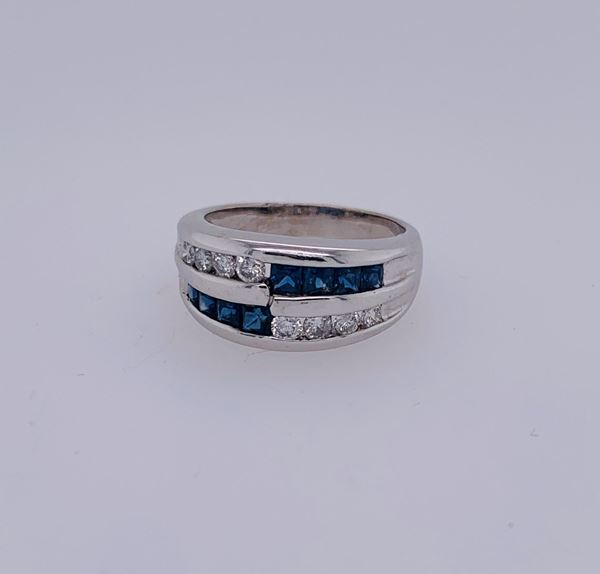 Picture of 18K Sapphire & Diamond Ring
